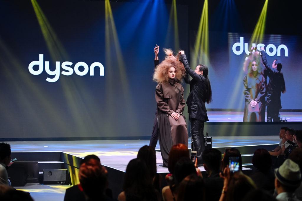 Dyson V5-478
